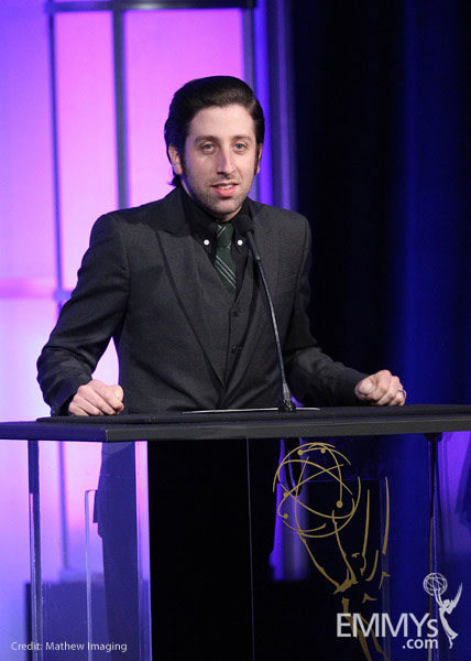 Simon Helberg at the 32nd College Television Awards