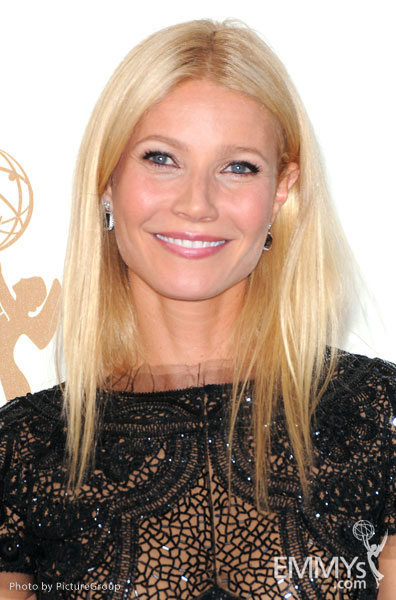 Gwyneth Paltrow arrives at the Academy of Television Arts & Sciences 63rd Primetime Emmy Awards