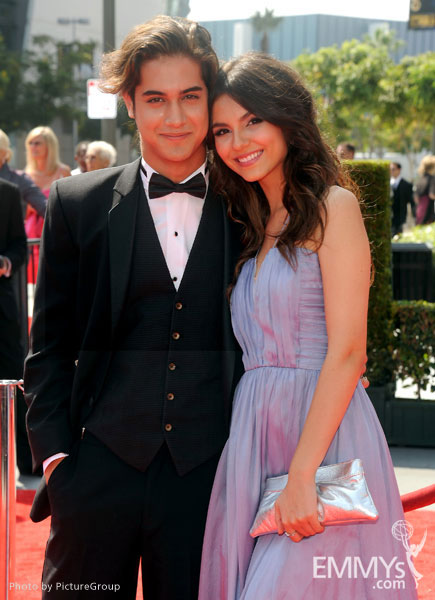 Avan Jogia and Victoria Justice attend the 2011 Primetime ... Emmy Winners