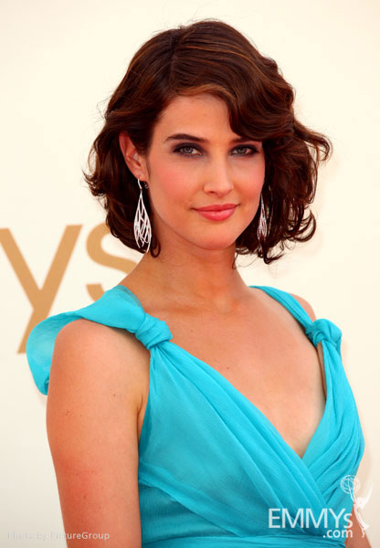 Cobie Smulders arrives at the Academy of Television Arts & Sciences 63rd Primetime Emmy Awards
