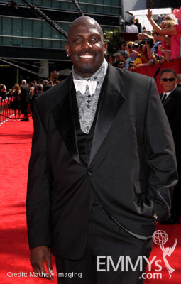 Kevin Brown arrives at the 62nd Annual Primetime Emmy Awards held at the Nokia Theatre