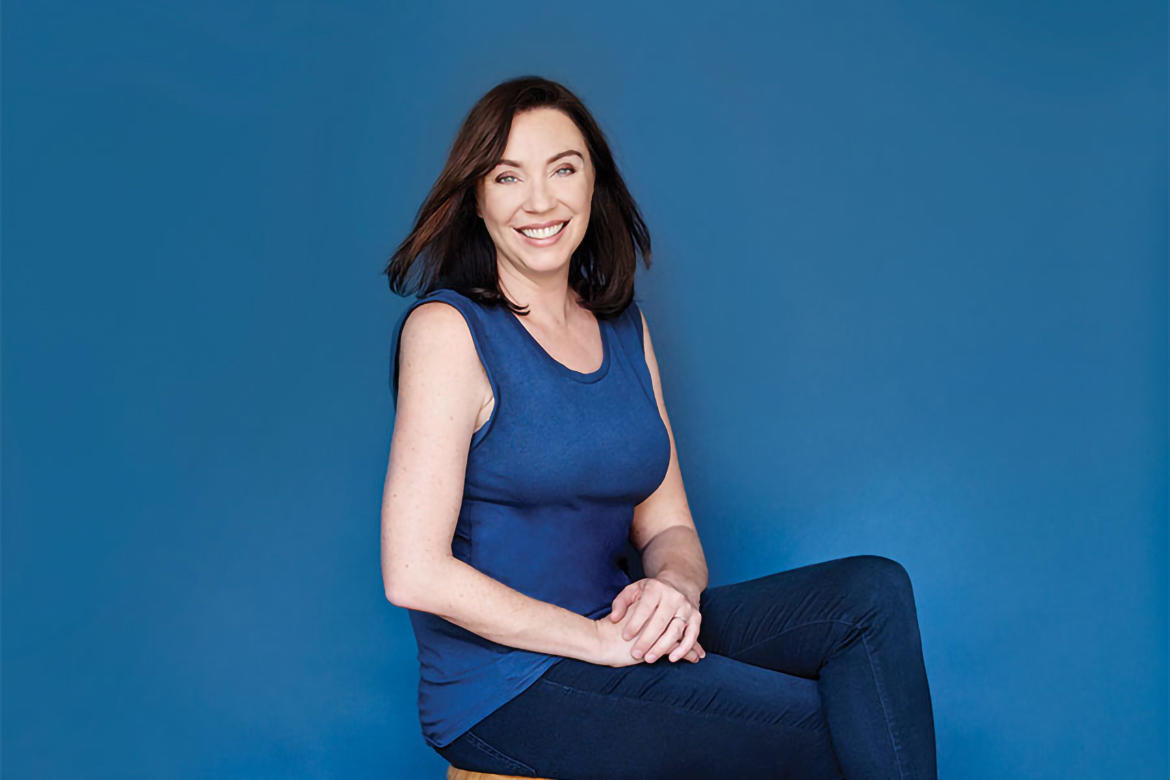 Flo progressive girl stephanie courtney image gallery - Flo progressive wallpaper ...