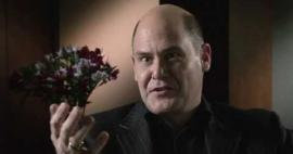 Embedded thumbnail for Matthew Weiner on his process for writing the pilot of Mad Men