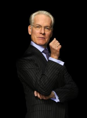 The 64-year old son of father (?) and mother(?), 188 cm tall Tim Gunn in 2018 photo