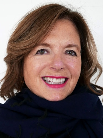 Ann Leslie Uzdavinis