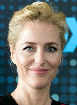 Gillian Anderson 2021