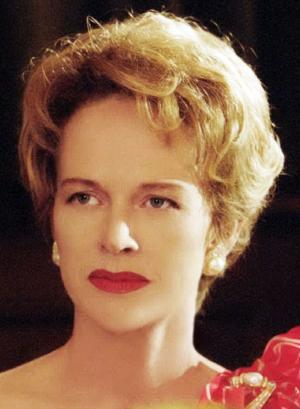 Judy Davis the dressmaker