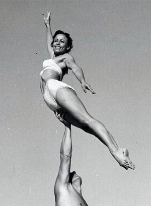 Paula Dell