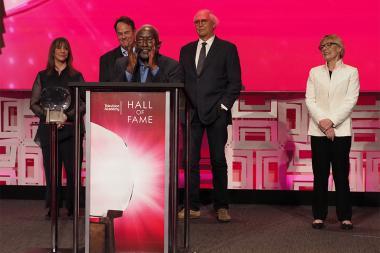 The original Saturday Night Live cast: Laraine Newman, Dan Aykroyd, Garrett Morris, Chevy Chase, Jane Curtin