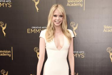 Riki Lindhome on the red carpet at the 2016 Creative Arts Emmys.