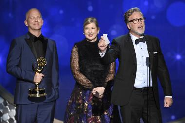 The producers from Inside Look: The People v. O.J. Simpson: American Crime Story accepts their award at the 2016 Creative Arts Emmys.