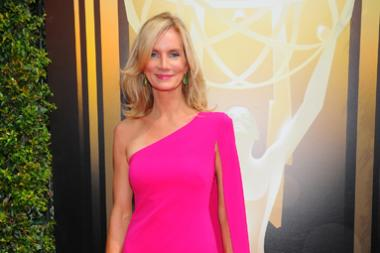 Beth Littleford on the Red Carpet at the 2015 Creative Arts Emmys.