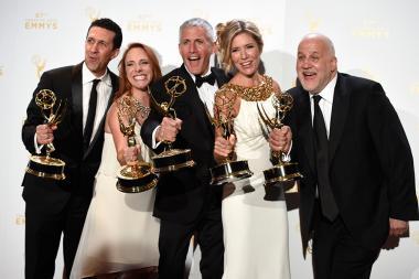 Adam Lewinson, Maureen Timpa, Brian Katkin, Tava Smiley and Chuck Saftler backstage at the 2015 Creative Arts Emmys.