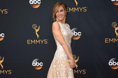 Felicity Huffman on the red carpet at the 2016 Primetime Emmys.