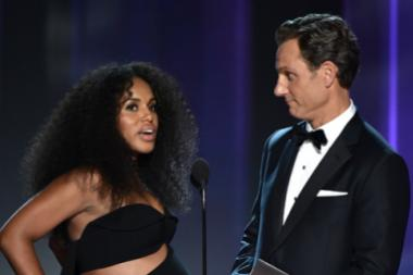 Kerry Washington and Tony Goldwyn present an award at the 2016 Primetime Emmys.