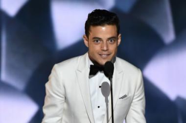 Rami Malek accepts his award at the 2016 Primetime Emmys.