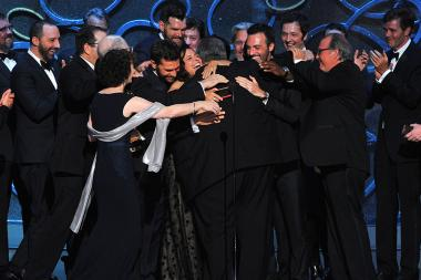 The cast and crew for Veep accept their award at the 2016 Primetime Emmys.
