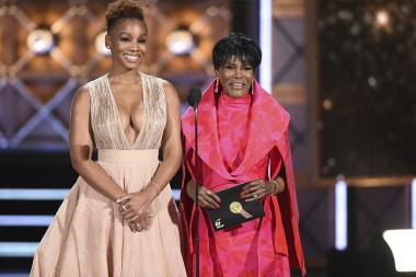 Anika Noni Rose and Cicely Tyson present an award at the 2017 Primetime Emmys.