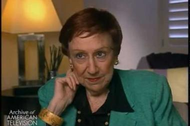 """Embedded thumbnail for Jean Stapleton on getting the acting """"bug"""""""