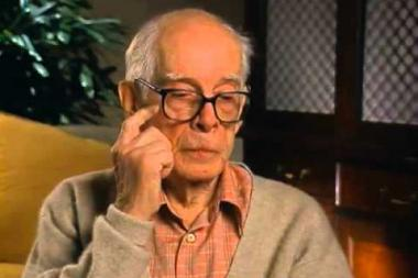 Embedded thumbnail for Harry Morgan on his M*A*S*H character, Colonel Sherman Potter