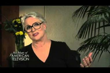 """Embedded thumbnail for Sharon Gless on how executive producer (and husband-to-be) Barney Rosenzweig """"found"""" her for Cagney & Lacey"""
