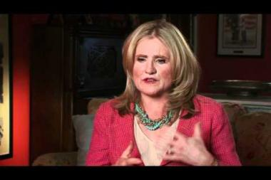 """Embedded thumbnail for Nancy Cartwright on her first professional voice acting job in L.A., as """"Gloria"""" in          Richie Rich"""
