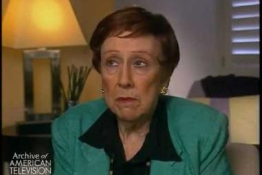 Embedded thumbnail for Jean Stapleton on her description of All in the Family 's Edith Bunker