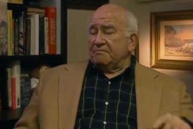 "Embedded thumbnail for Ed Asner on the classic  The Mary Tyler Moore Show  episode ""Chuckles Bites the Dust"""
