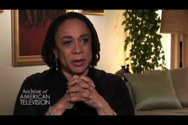 Embedded thumbnail for S. Epatha Merkerson on winning a Golden Globe and an Emmy for her role in Lackawanna Blues