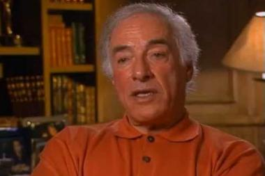 Embedded thumbnail for Bud Yorkin on ABC passing onAll in the Family and CBS picking it up