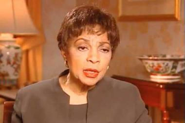 Embedded thumbnail for Ruby Dee on meeting husband Ossie Davis