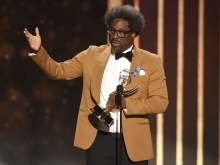 W. Kamau Bell accepts an award at the 2019 Creative Arts Emmys.