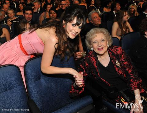Zooey Deschanel and Betty White during the Academy of Television Arts & Sciences 63rd Primetime Emmy Awards
