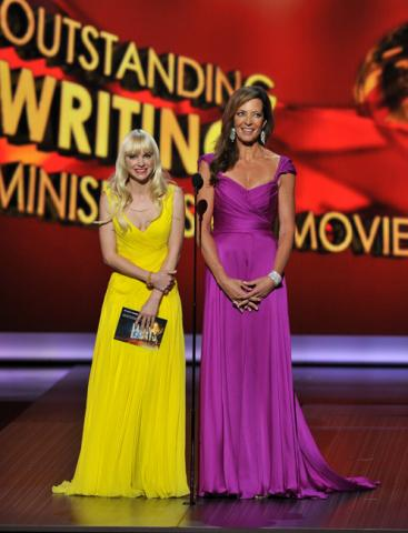 Anna Faris and Allison Janney on stage at the 65th Emmys