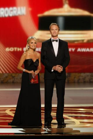 Pushing Daisies co-star Kristin Chenoweth and How I Met Your Mother co-star Neil Patrick Harris onstage 60th Emmys