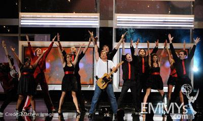 (L-R) Actors Amber Riley, Jane Lynch, Tina Fey, Joel McHale, Jimmy Fallon, Corey Monteith, Chris Colfer, and Jorge Garcia