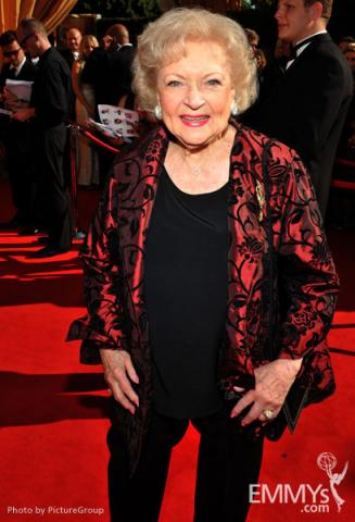 Betty White arrives at the Academy of Television Arts & Sciences 63rd Primetime Emmy Awards