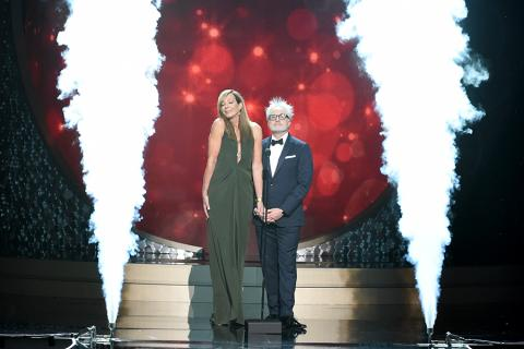 Allison Janney and Bradley Whitford present at the 2016 Creative Arts Emmys.