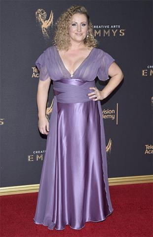 Mandy Moore on the red carpet at the 2017 Creative Arts Emmys.
