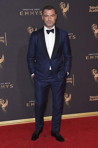 Liev Schreiber on the red carpet at the 2017 Creative Arts Emmys.