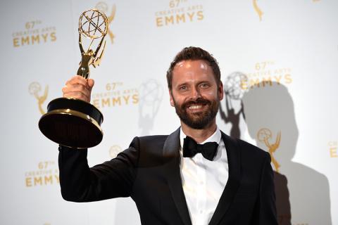 Dustin O'Halloran backstage at the 2015 Creative Arts Emmys.
