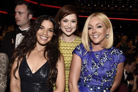 America Ferrera, Ellie Kemper and Jane Krakowski at the 2016 Primetime Emmys.