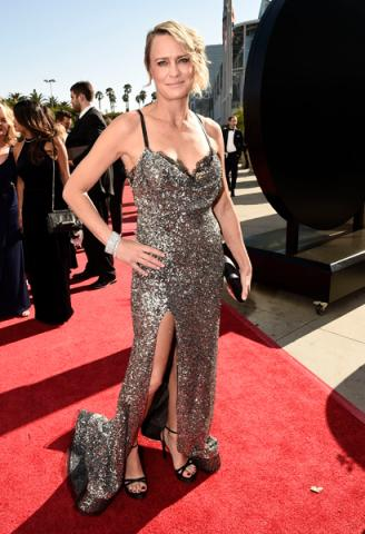 Robin Wright on the red carpet at the 2016 Primetime Emmys.