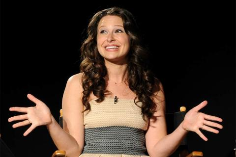 Katie Lowes at An Evening with Shonda Rhimes and Friends.
