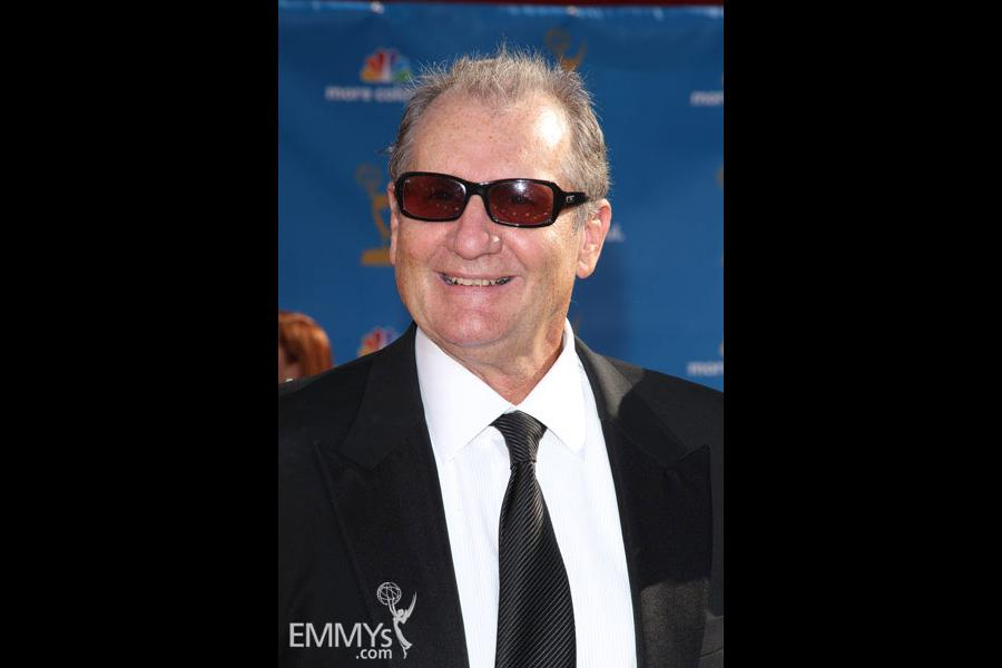 Ed O'Neill at the 62nd Primetime Emmy Awards