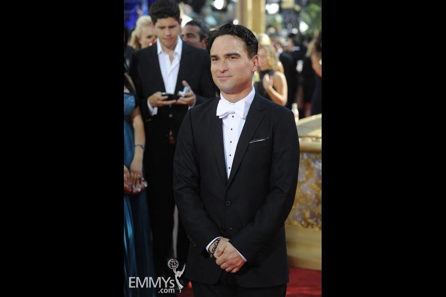 Johnny Galecki at the 61st Primetime Emmy Awards