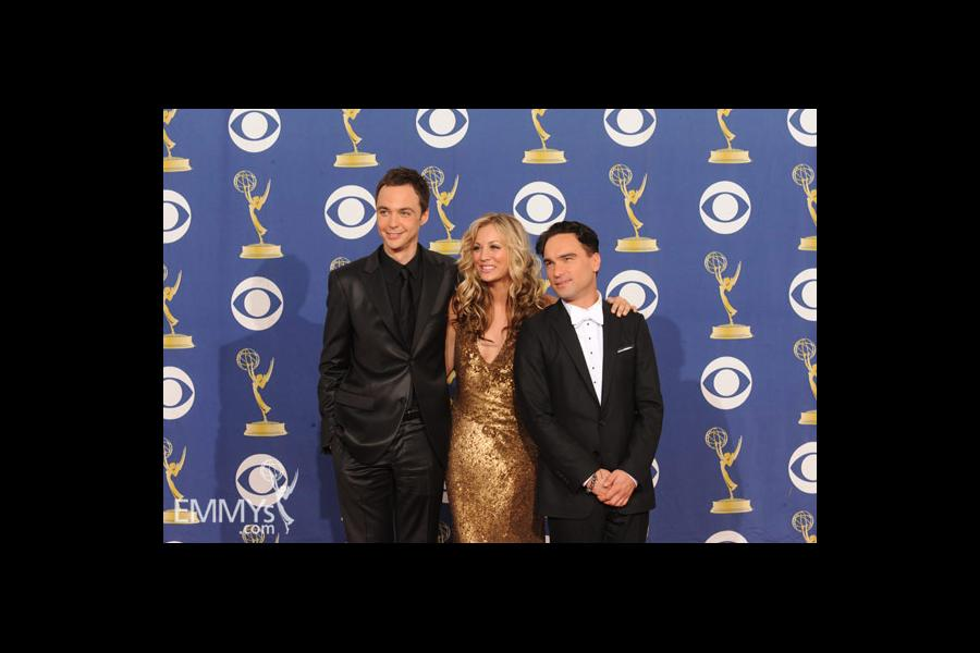 Jim Parsons, Kaley Cuoco & Johnny Galecki at the 61st Primetime Emmy Awards