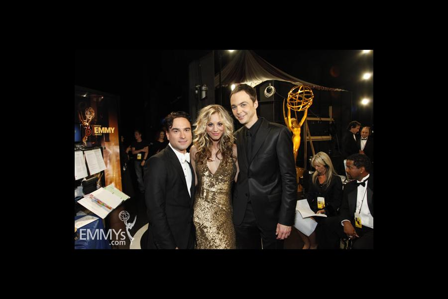 Johnny Galecki, Kaley Cuoco & Jim Parsons at the 61st Primetime Emmy Awards