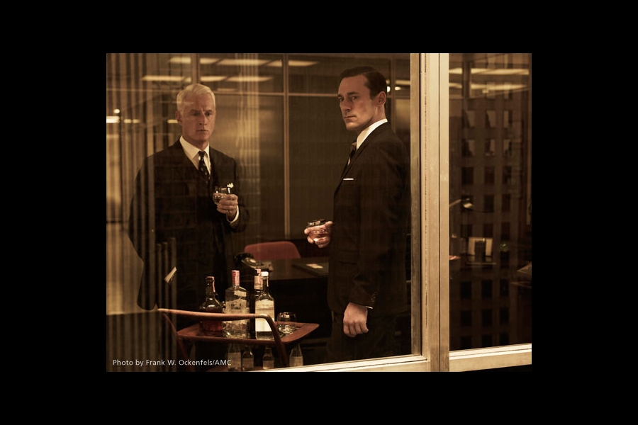 Still of Jon Hamm and John Slattery in Mad Men