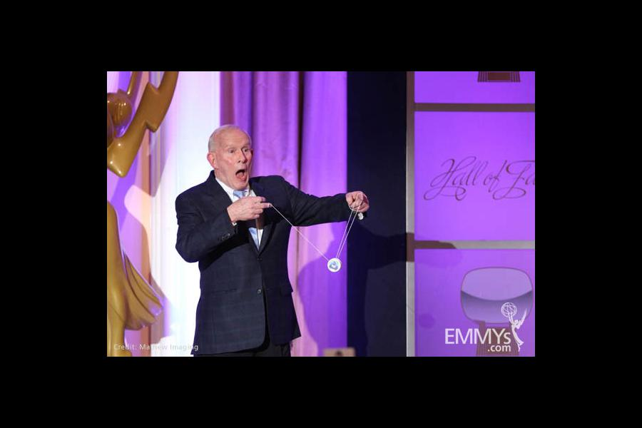 Hall of Fame inductee Tom Smothers demonstrates his yo-yo skills.